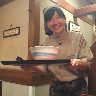 ◆タダ飯クーポンアリ!◆関西風だしが評判のうどん専門店でホールスタッフ募集!!