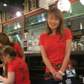 上野駅徒歩1分♪明るく元気な人集まれ!まかないも美味しいヨ☆未経験歓迎◎週1日~OK!