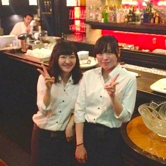 ♪♪駅近★時給1100円♪♪銀座の雰囲気たっぷりスペインバルでホールサービスのお仕事
