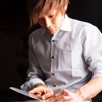 【週0日・1日3h〜OK】赤坂見附スグ!髪色、髪型、ネイルOK!!優雅で贅沢なカラオケ店のキッチン♪