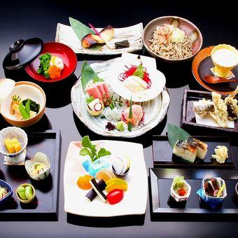 【駅近】神楽坂の郷土料理屋でキッチンの仕事♪福井県名産の料理を学べます!