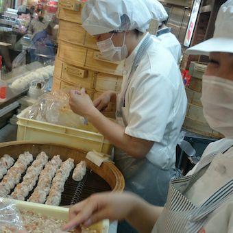 職人技が光ります!美味しいを届けるために。
