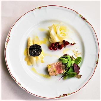 季節によって変わるアポンテ自慢のイタリアンをお楽しみください。