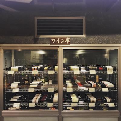 ワインは常時40種類以上をラインナップ♪ソムリエにだってなれるかも!?