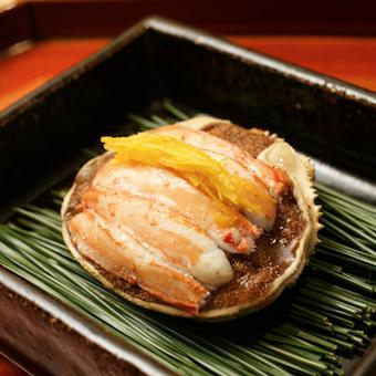 店主自ら厳選した日本の旬食材を使った和食。2018年ミシュランにも掲載された名店!