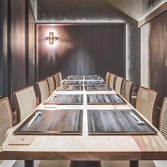 中規模の宴会も個室でできます。