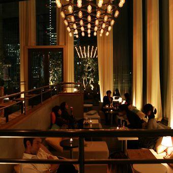 雰囲気バツグンのお店☆映える料理を作ってセンスを磨く!夜のカフェでしっかり稼ごう♪