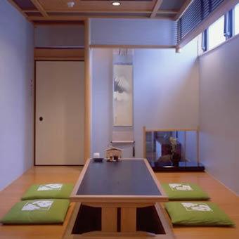 特別個室。ご接待などにも使われる格調あるお部屋です。