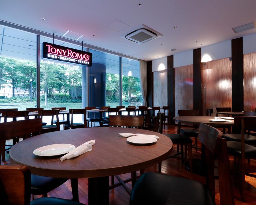 庶民派ダイナーで全米の味リブステーキをお勧めしちゃおう☆英語が活かせる週2〜OK!