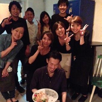スカイツリーと隅田川!!BARでシェイクシェイク♪とフロアのお仕事♪