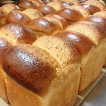 セントラルファクトリーで製パン作業。もくもくと深夜に働こう。時給1138円!!