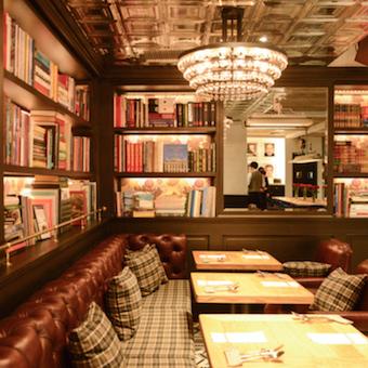クリエイターが集結した、東京スタイルのビストロカフェでのホールバイト♪