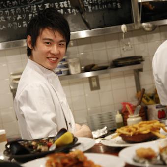 地中海料理が学べるオイスターバーでのキッチンバイト