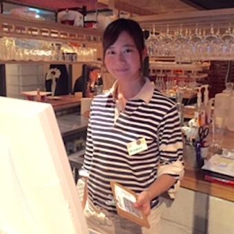 女性に人気のオシャレなワイン酒場でホールスタッフ!!●週3日・1日5h〜OK!