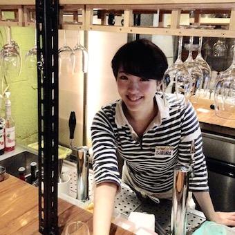 週3日・1日5h〜OK●気軽に楽しめるワインバーで調理スタッフ!!