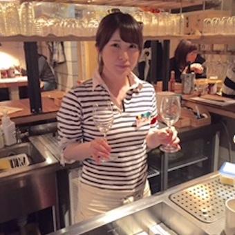 おしゃれな銀座の街で調理スタッフ!!女性に人気のワインバー◎【未経験OK】