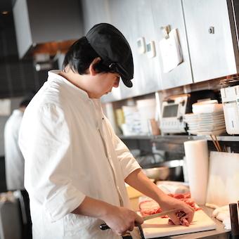 和食の基本「すせそ」や日本酒を学べる♪美味しいまかない☆働きやすい待遇でスタッフ定着率の高い職場◎