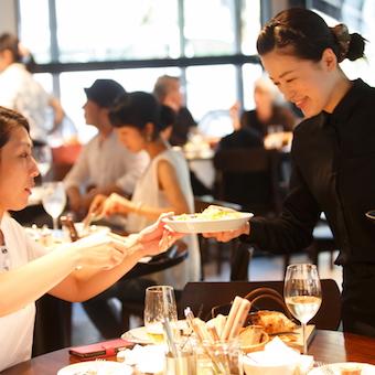 新宿のNEWoMan♪パンやカフェ好きな人必見!レストランも併設なので色々な経験ができる♪