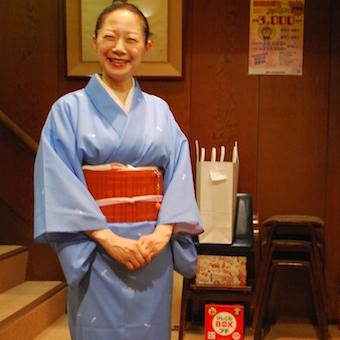 【経験者優遇】創業140年の老舗割烹料理店☆お茶の稽古に着物の着付もできる♪