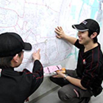 出発に備えて安全に、効率よく配達が出来るルートを確認!
