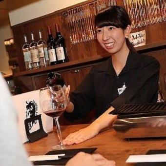≪ネイルOK!≫焼肉&ワインでおもてなし。黒の制服に身をまといお肉とワインマスター!