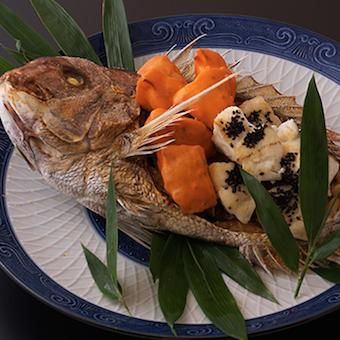 京料理&板前割烹が学べる!和のお料理でおもてなしを…≪駅近×シフト自由度高◎≫