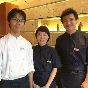 【秋葉原駅前 徒歩2分】新宿で昭和29年に創業の老舗ホールスタッフで働く。