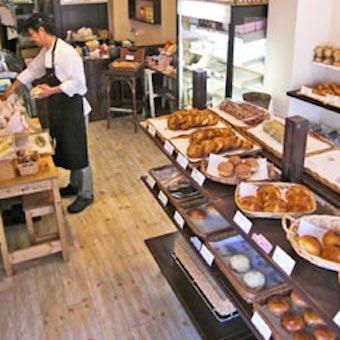 《未経験OK》パン作りの職人になれる!フレンチレストラン直営のパン屋さんで製造スタッフ募集☆