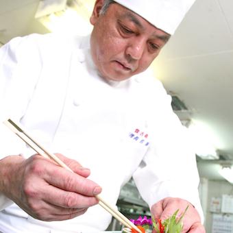日本で数少ない完全自家製北京ダック作りや四川料理を学べる!秋葉原駅徒歩3分♪