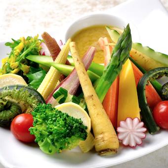 東京野菜を使ったバーニャカウダー、スキレットなどを学べる♪神田川沿いのお洒落なイタリアン☆