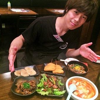 大阪魂、人を喜ばせるためが第一!大阪の味を調理。まかない食べ放題!