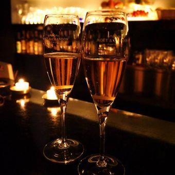 料理とお酒の相性やワインも学べるバーテンダー☆会員制ダイニングバー【スキル・経験により給与交渉可】