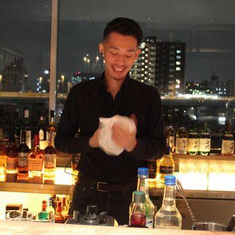 ☆女性も歓迎☆隅田川沿いの絶景バーでバーテンダー募集★10万円のボーナスチャンスもあり♪