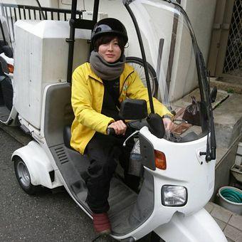 ≪女性活躍中≫バイクでスイスイ♪高齢者向け弁当のルート配達【人と話すことが好きな方歓迎!】