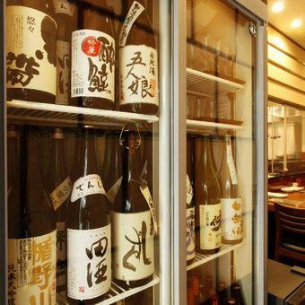 店長が親しくしている青森の酒屋さんとのつながりから、希少な「田酒」の安定供給を実現。