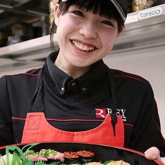 ≪時給1100円≫シフトは週1提出◎基礎から学べるキッチン♪お寿司の賄いあり☆