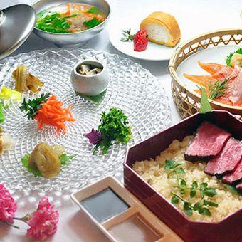 オシャレ食材に囲まれて♪一流シェフに学ぶ和創作☆必ずもらえる交通費1万円!高時給♪