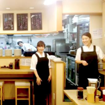 お洒落な街、青山で働こう♪時給1100円★サラリーマンで賑わうとんかつ屋で接客☆