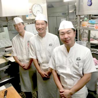 《平日のみ勤務♪》時給1100円★☆昼はかつ丼、夜は居酒屋メニューを学べるキッチン♪