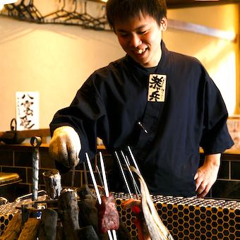 時給1200円★レトロモダンな居酒屋で働こう!囲炉裏もある魚介類専門店!