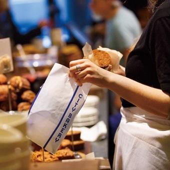 ☆中目黒高架下の人気ベーカリー☆ パンの販売スタッフ募集!マニュアルなしの個性を大事にするお店