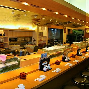極上寿司をスタッフは3割引きで食べられる♪赤坂のお寿司屋さん!ホールスタッフ募集☆