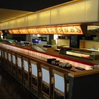 アットホームなお寿司屋さんで寿司職人を目指そう☆「大井町駅 徒歩3分」にある駅近寿司店!