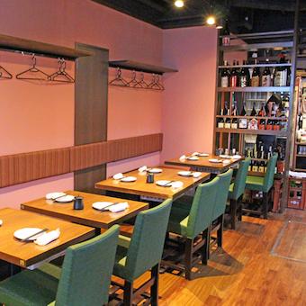代々木駅徒歩3分の個人経営の隠れ家店!ディナー時給1100円が嬉しい居酒屋でホールバイト!