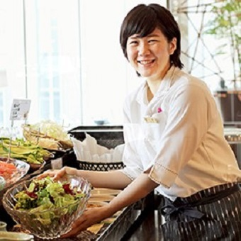 朝バイト大歓迎!ミシュラン掲載ホテルの和食レストラン。未経験から日本料理、食材、着物、和を学ぶ