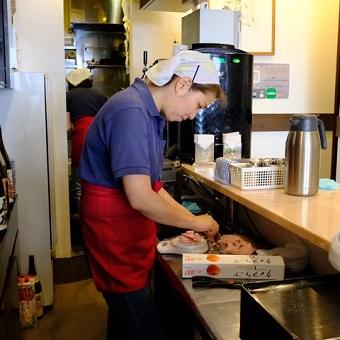[主婦大歓迎]個人経営の自家打ち蕎麦店でランチバイト!ネイルOK!髪色自由![時給1100円]