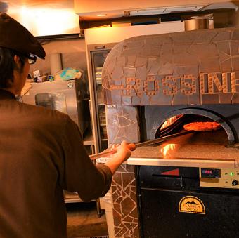 """<髪色自由!>自家窯で焼きあげる本格""""ナポリピッツァ""""のお店♪ピザ・パスタマスターになりましょう☆"""