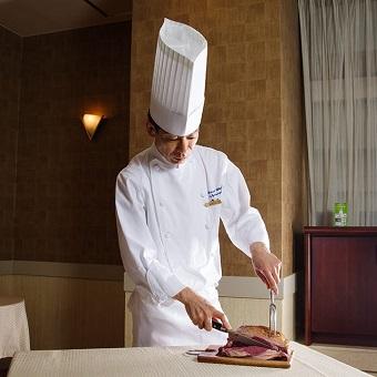 目指せホテルコック!和洋料理、ウエディングなど全部できちゃう!個人経営のホテル!