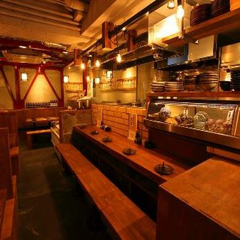 時給1200円★美味しいカキと元気なサービスが看板メニューのお店☆未経験でもOK!