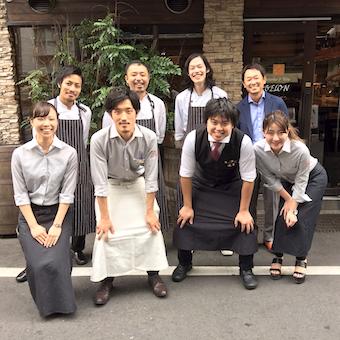 《時給1100円〜1400円》牡蠣料理やイタリアンを学びたい人!お洒落なオイスターバーのキッチン♪